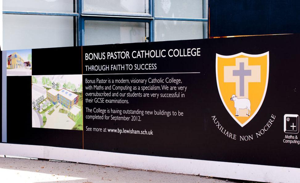 Oskar Design – Bonus Pastor school hoardings
